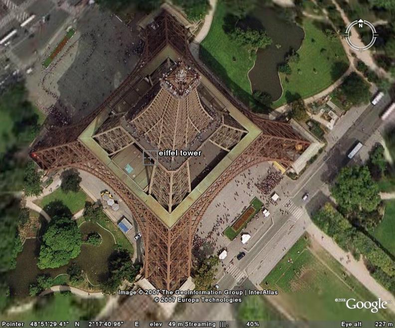 تصویر ماهواره ای برج ایفل