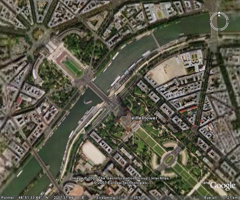 برج ایفل در دل پاریس